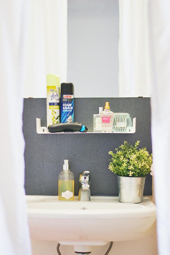 Kleine badkamer tip: wandrekje | The Life Factory