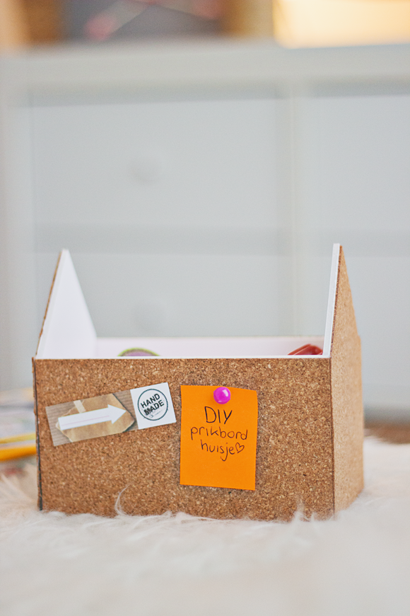 DIY prikbord huisje