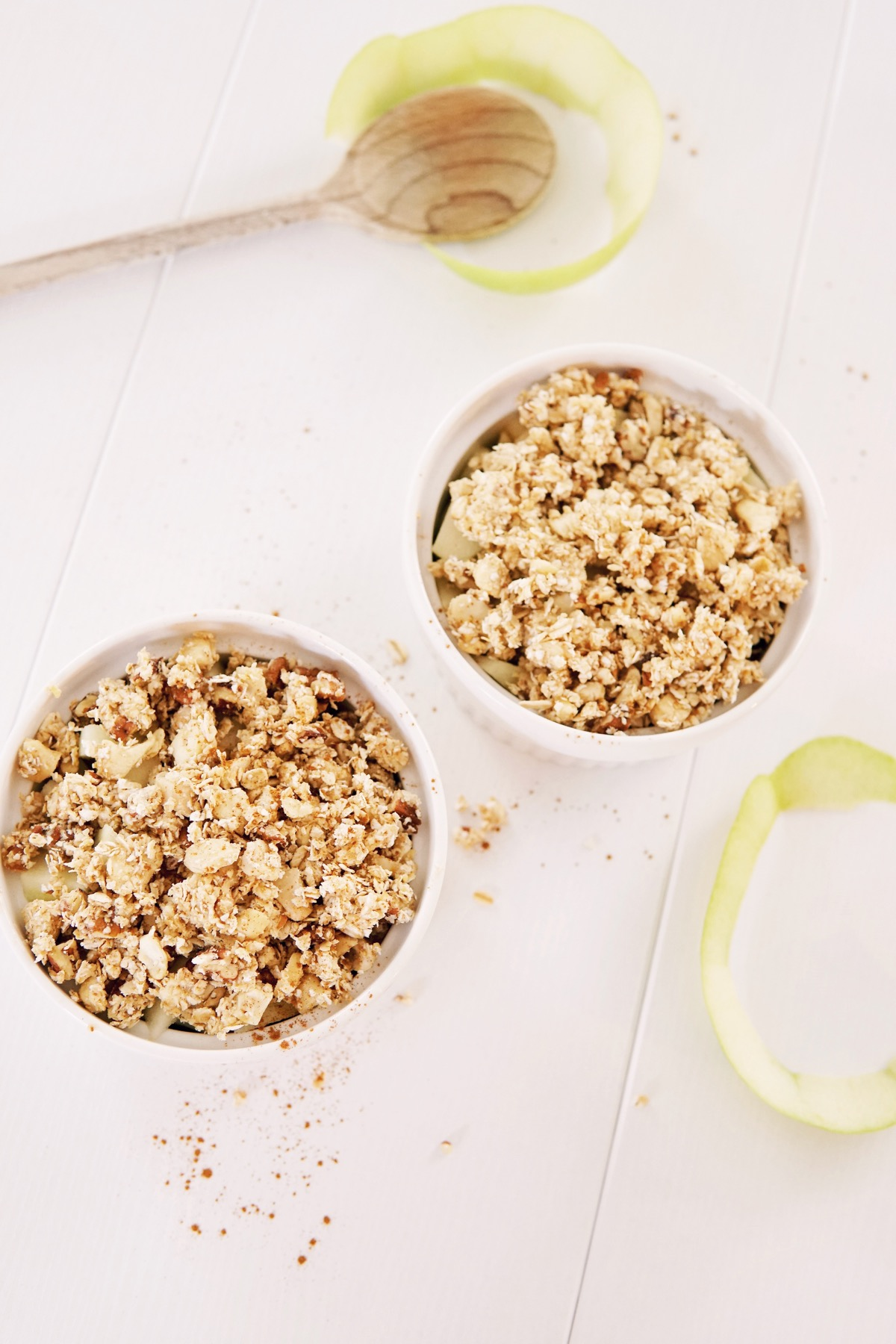 Apple breakfast crumble